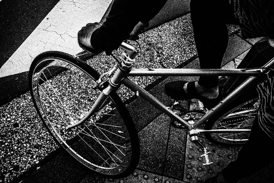 photographs : man with bike : 22
