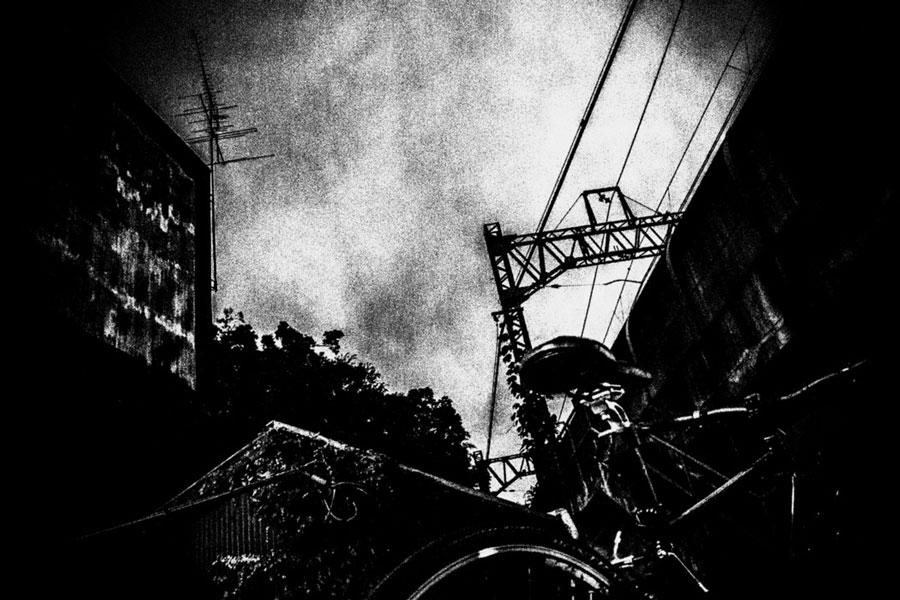 photographs : unravel : 15